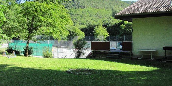 Spiel- und Grillwiese hinter dem Vereinsheim