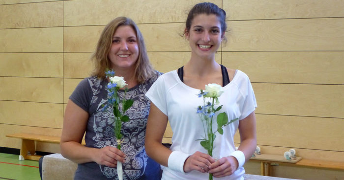 Kathrin König und Cynthia Schröder absolvieren Kampfrichterprüfung